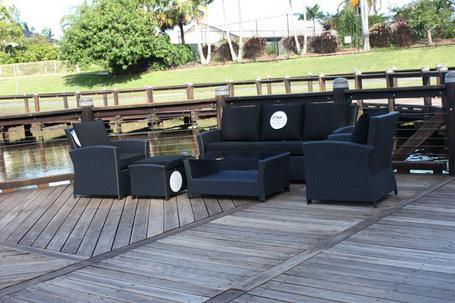 Large_melrose-lounge-suite-black