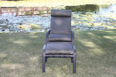 Large_regatta-5-postition-chair-incl-footstool-charcoal-frame-black-leopard-fabric.
